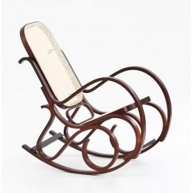 Masivna fotelja za ljuljanje s pletivom